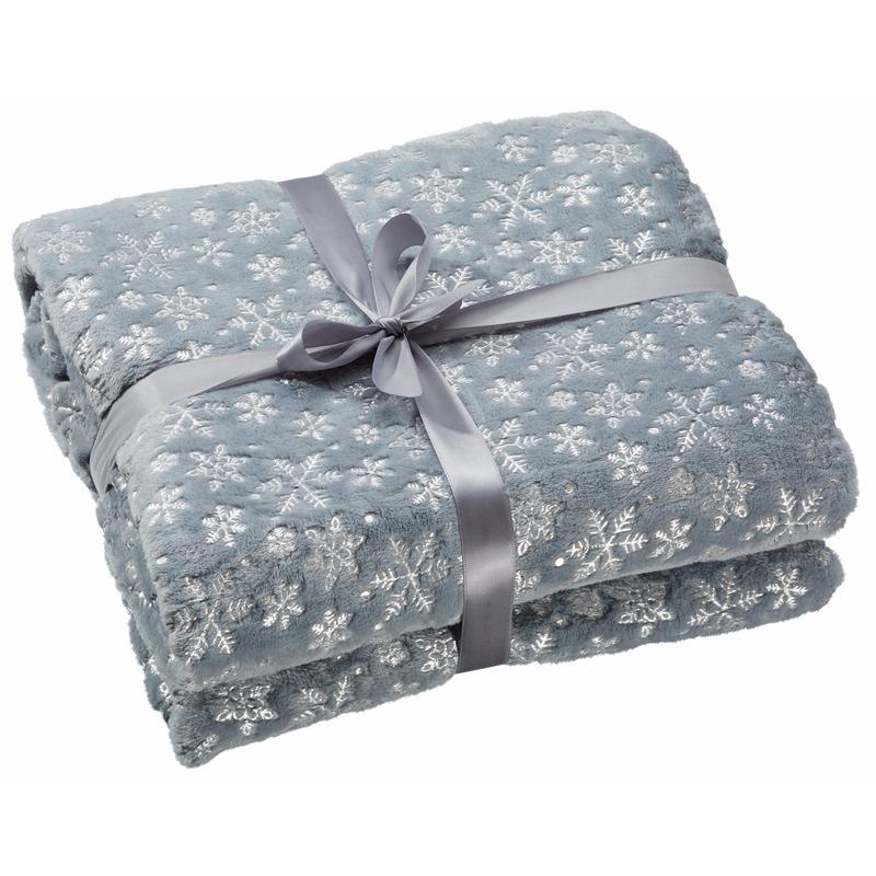 Woondecoratie fleece deken/kleed grijs met sneeuwvlokken 130 x 150 cm