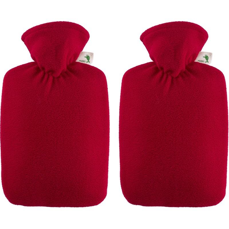 2x Rode fleece waterkruiken 1,8 liter met hoes